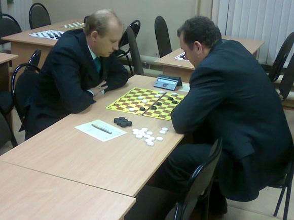 Партия 2-го тура: Дмитрий Кузмичев - Алексей Кондрушин
